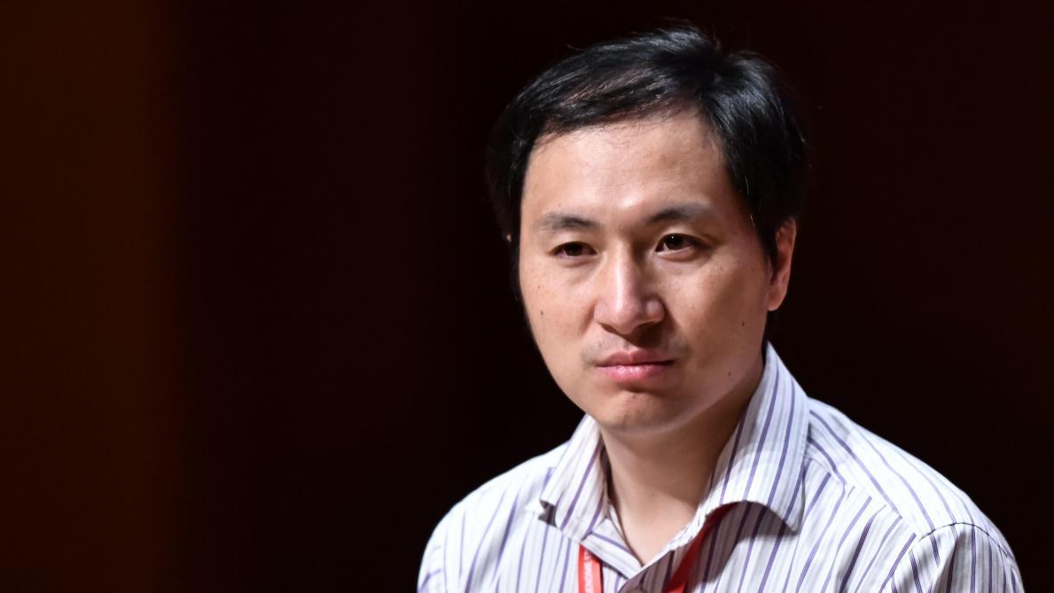 Le chercheur chinois condamné à trois ans de prison — Bébés génétiquement modifiés