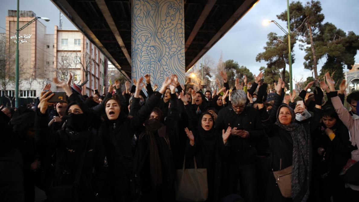Iran : l'ambassadeur britannique brièvement arrêté