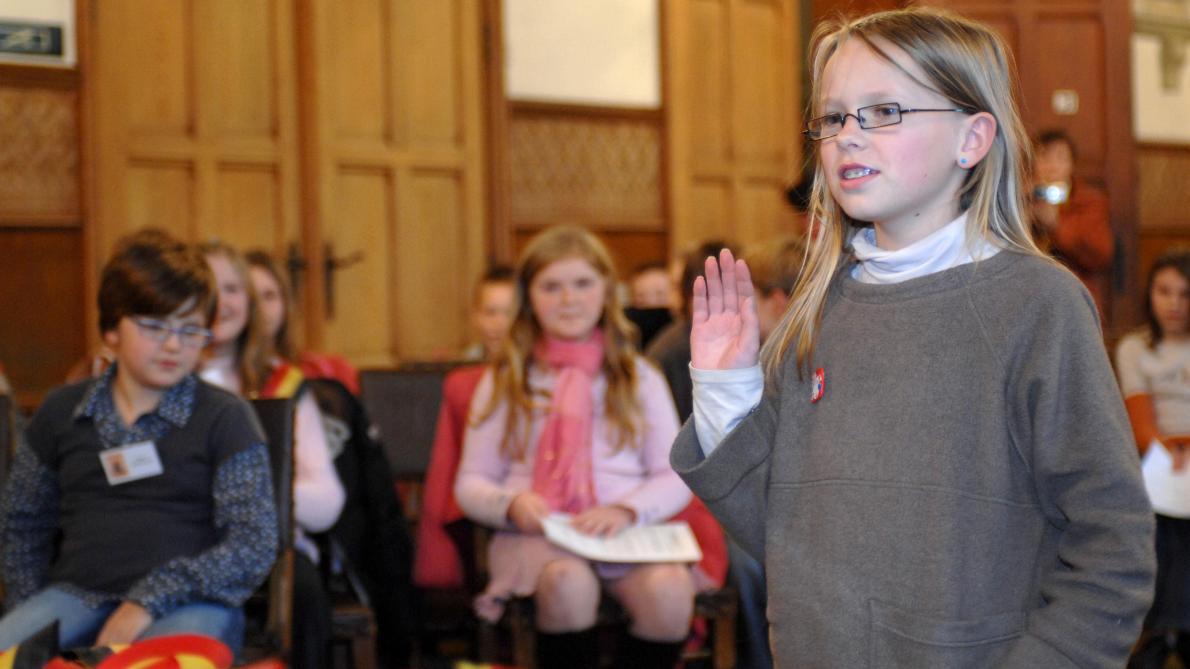 Auderghem abaisse l'âge de la citoyenneté à dix ans