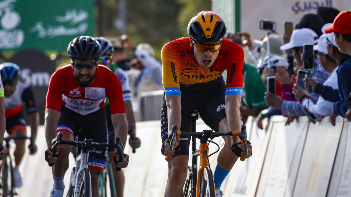 Tour d'Arabie Saoudite: Phil Bauhaus éclipse Mark Cavendish lors de la 3e étape
