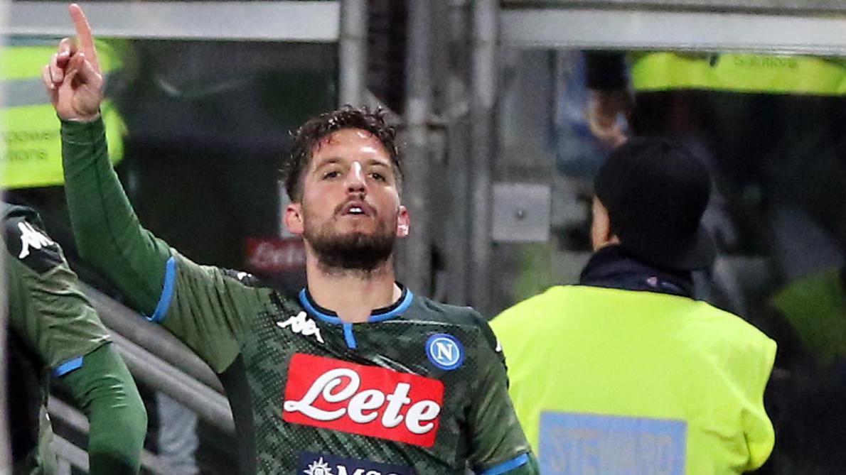 Buteur, Dries Mertens offre la victoire à Naples en déplacement à Cagliari (0-1, vidéo)