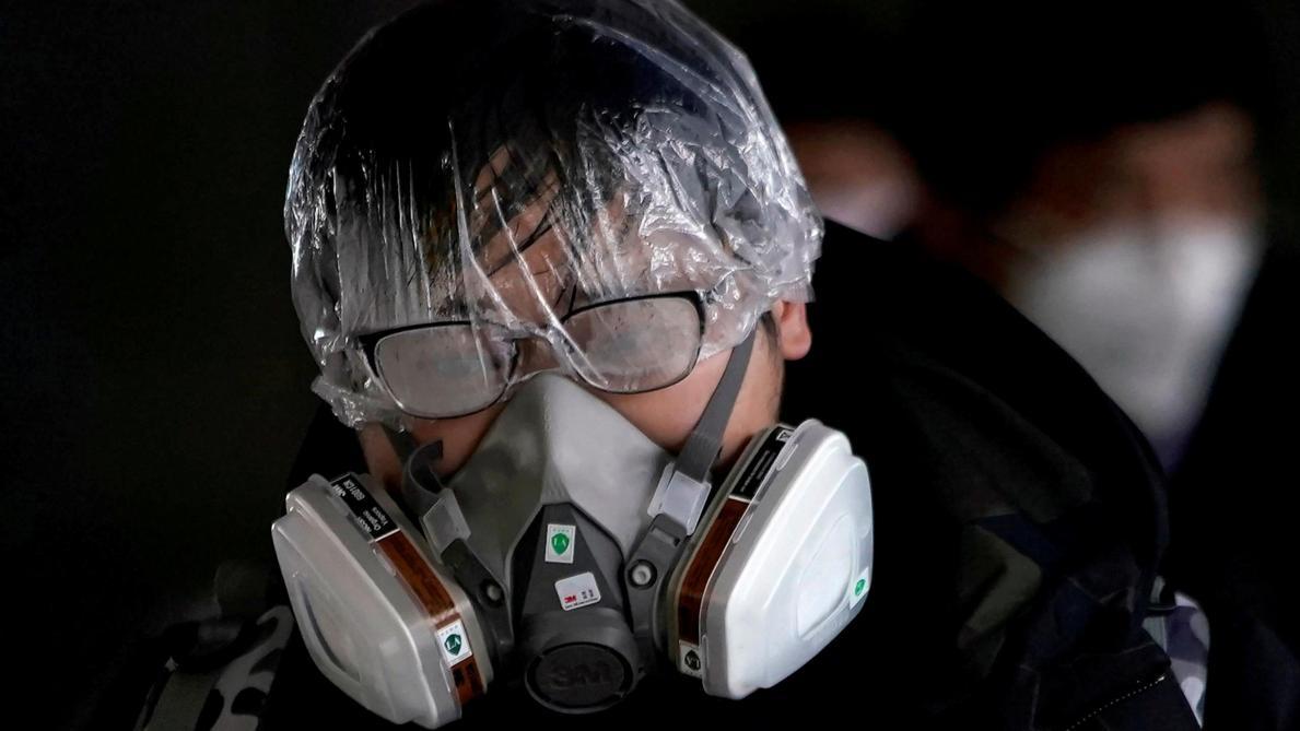 Coronavirus: le bilan grimpe à 2.112 morts en Chine