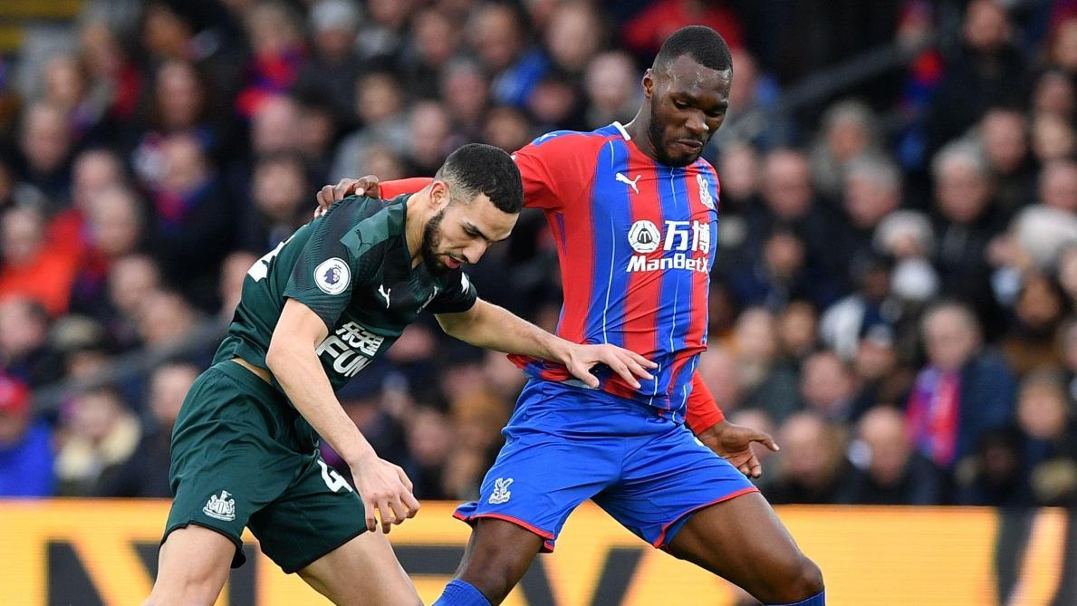 Premier League: Crystal Palace et Benteke engrangent une victoire importante dans la lutte pour le maintien (vidéo)