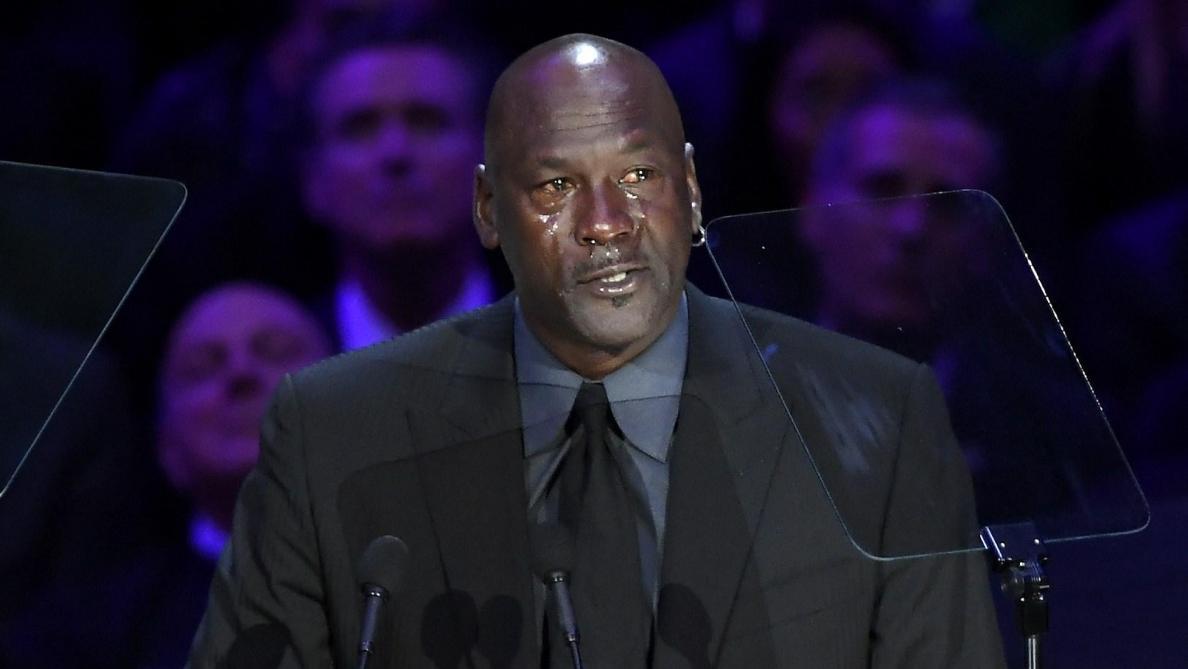 Les larmes de Michael Jordan lors de la cérémonie en hommage à Kobe Bryant