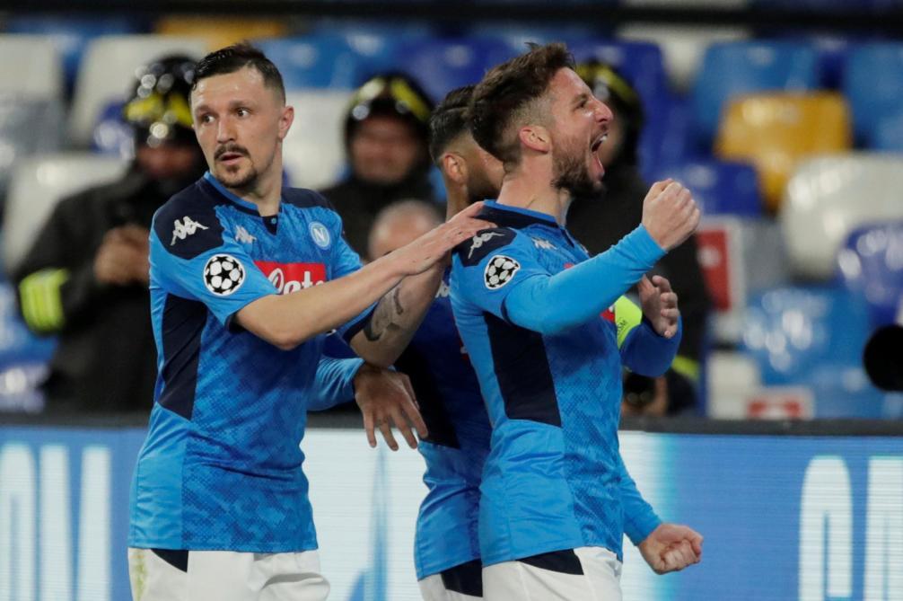 Ligue des champions: Dries Mertens ouvre le score pour Naples face à Barcelone (1-0), Chelsea perd face au Bayern (0-2)