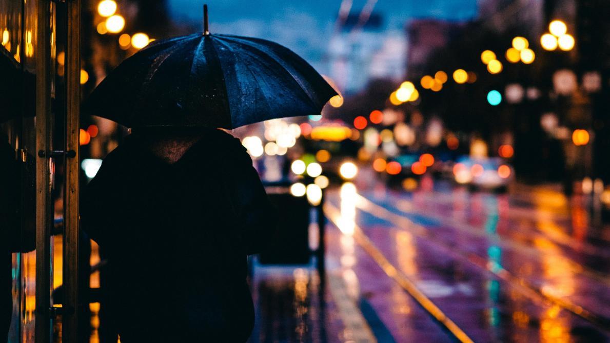 Météo: des averses hivernales attendues ce mercredi, alerte aux routes glissantes