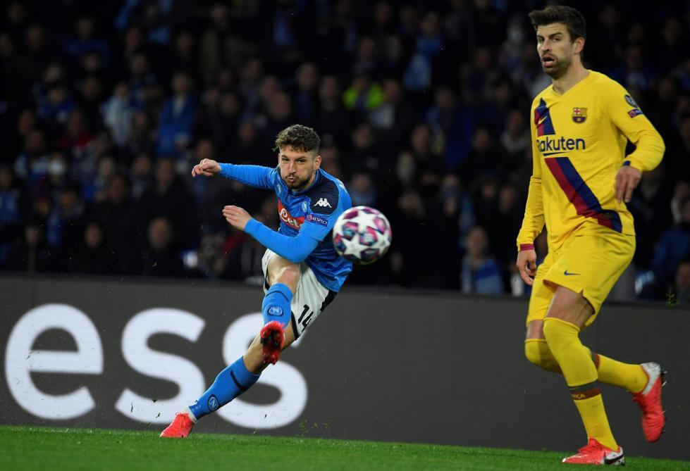 Dries Mertens, buteur contre Barcelone, devient le co-meilleur de l'histoire de Naples
