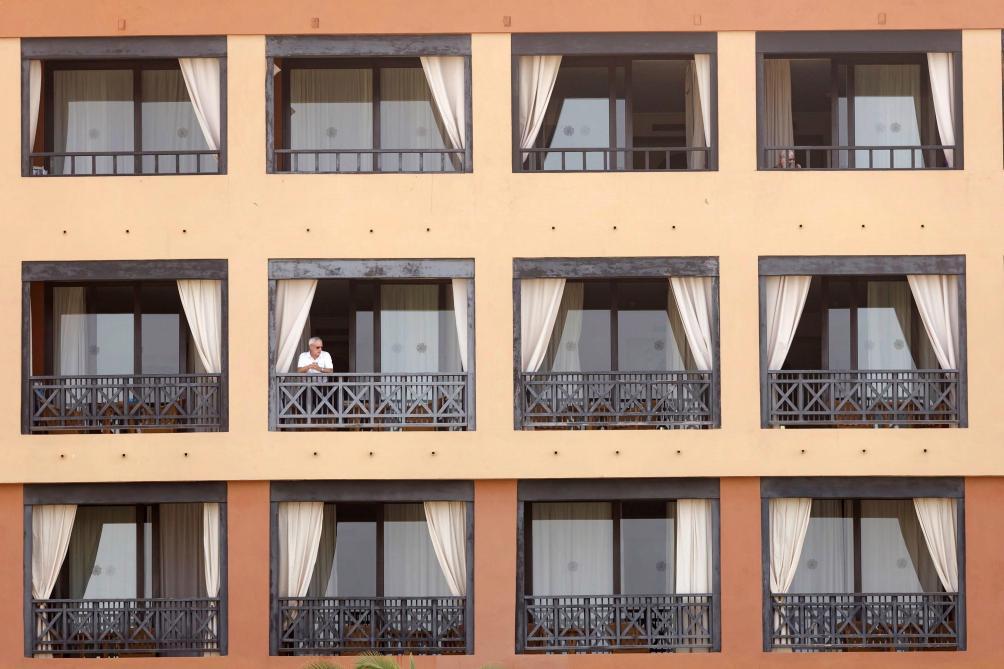 L'épouse de l'homme contaminé à Tenerife également testée positive