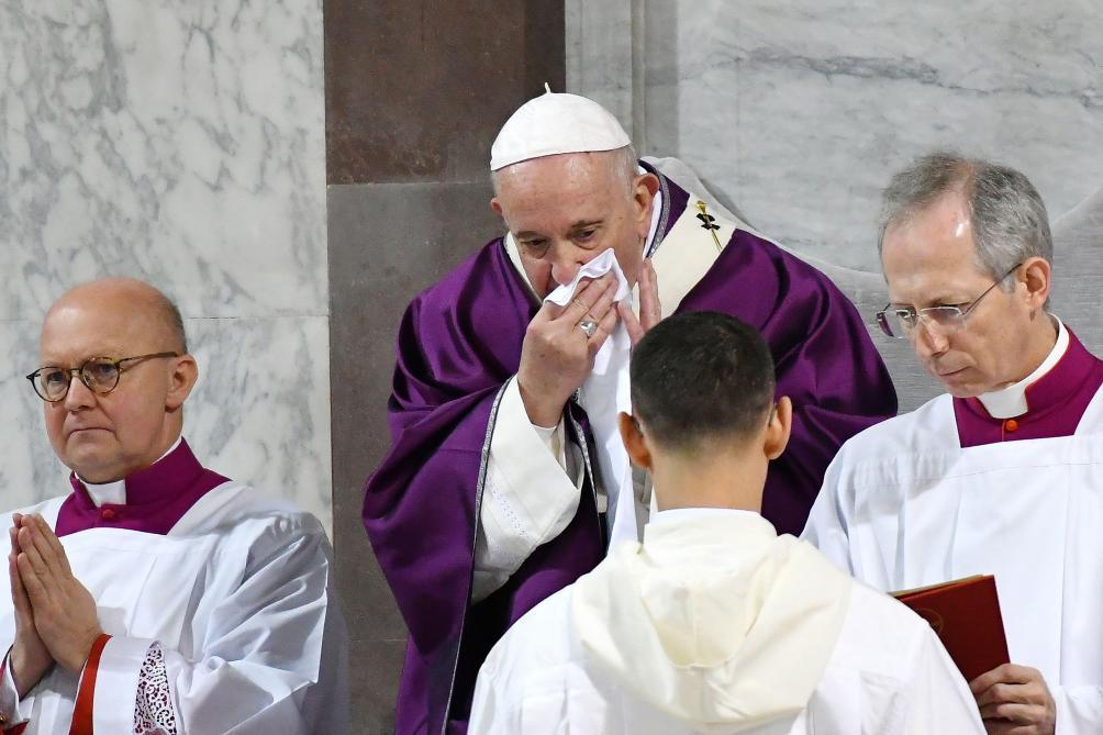 Le pape François renonce à une retraite spirituelle à cause d'un