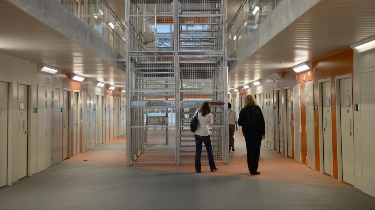Coronavirus: à Leuze-en-Hainaut et à Arlon, des situations tendues dans les prisons