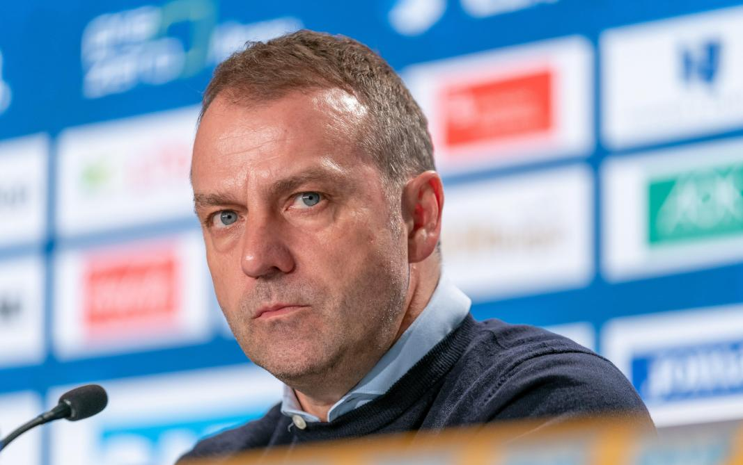 Le Bayern Munich prolonge son entraîneur Flick pour trois ans — Foot