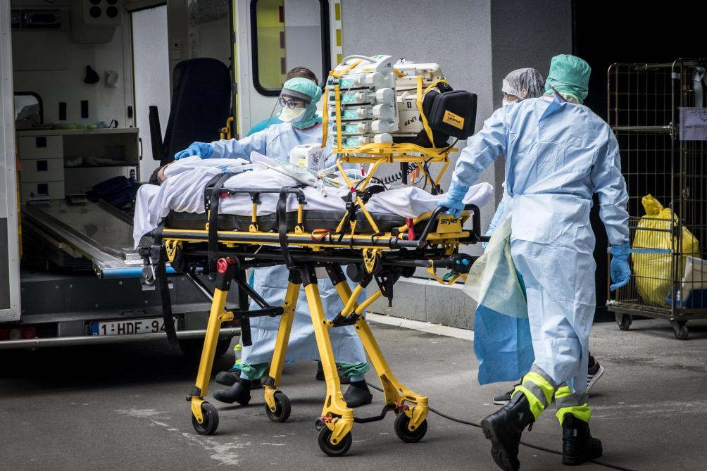 421 nouvelles hospitalisations et 327 nouveaux décès en Belgique — Coronavirus