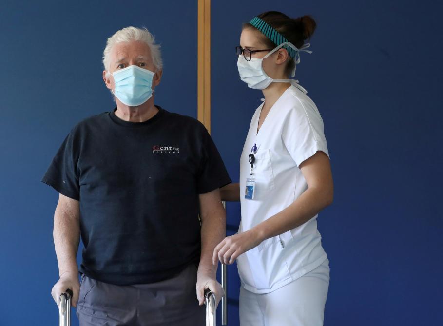 Coronavirus: méi wéi 1.000 Leit goufen an de Spideeler infizéiert