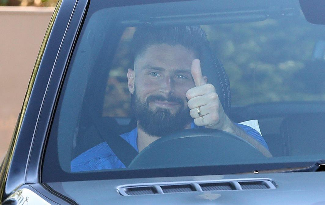 La direction a justifié la prolongation de Giroud — Chelsea
