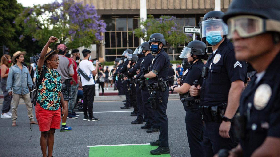 Etats-Unis: le policier mis en cause dans la mort de George Floyd ...