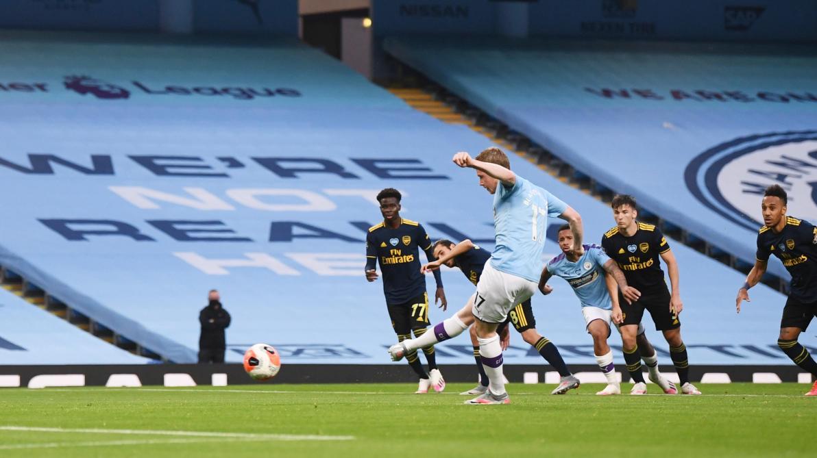 Manchester City-Arsenal : Mahrez enfonce David Luiz