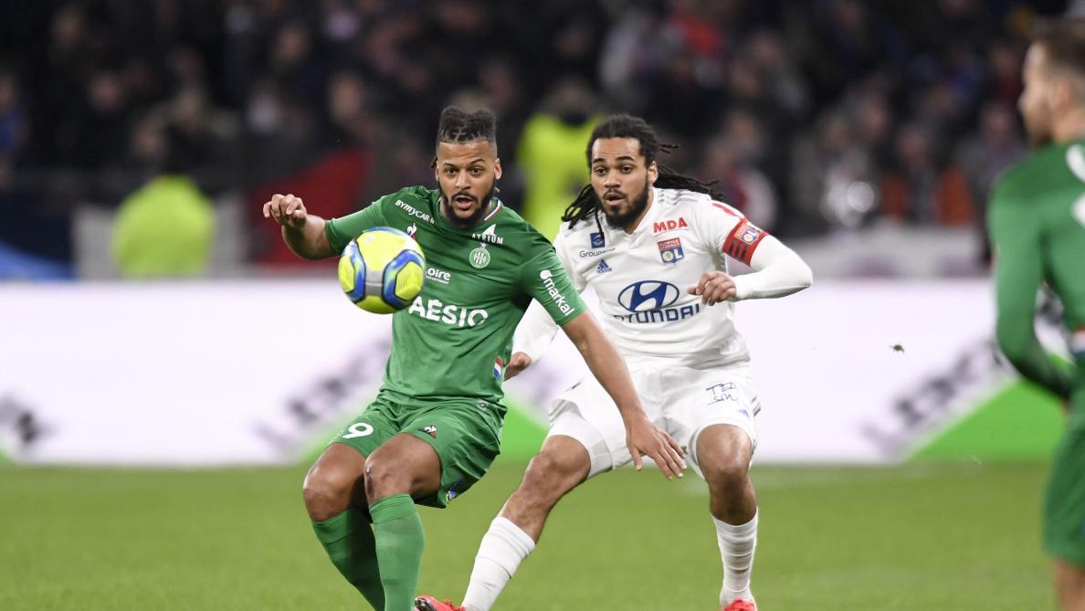 Jason Denayer en action face à Saint-Etienne