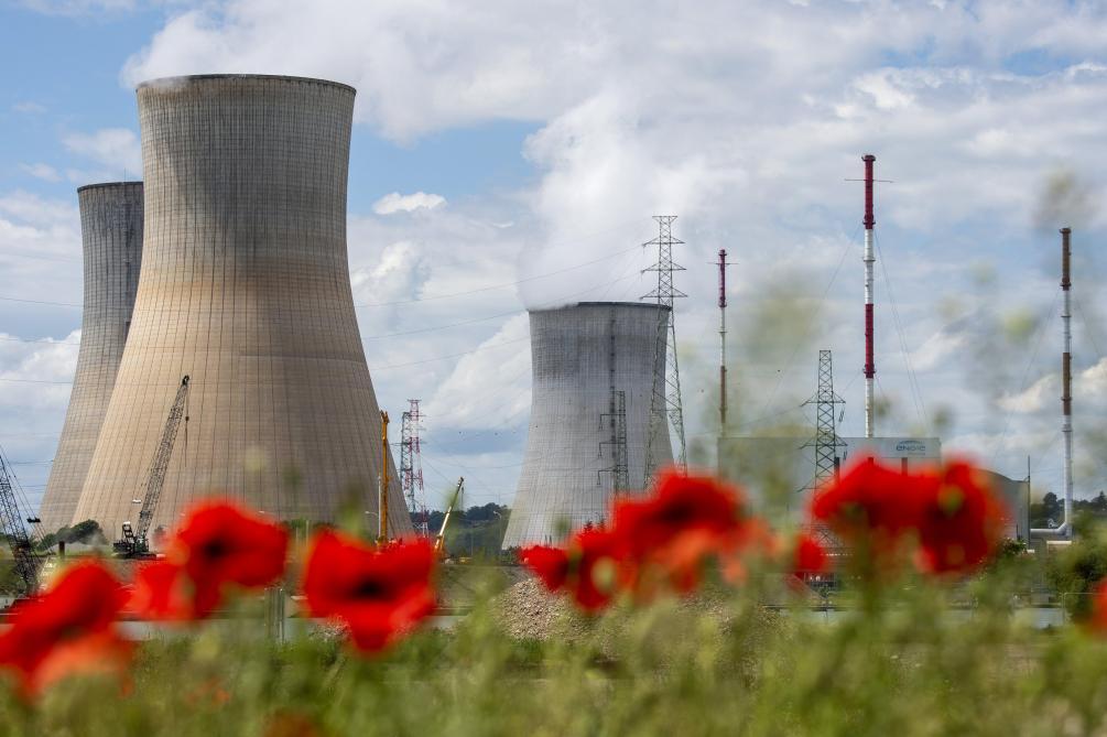 Survol des centrales nucléaires: la Wallonie demande un rapport sur la hausse des avions au-dessus de Tihange