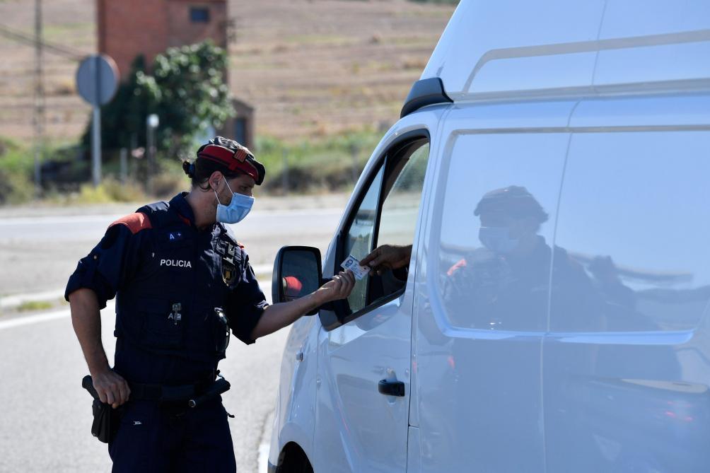 Espagne: les Baléares renforcent aussi le port obligatoire du masque