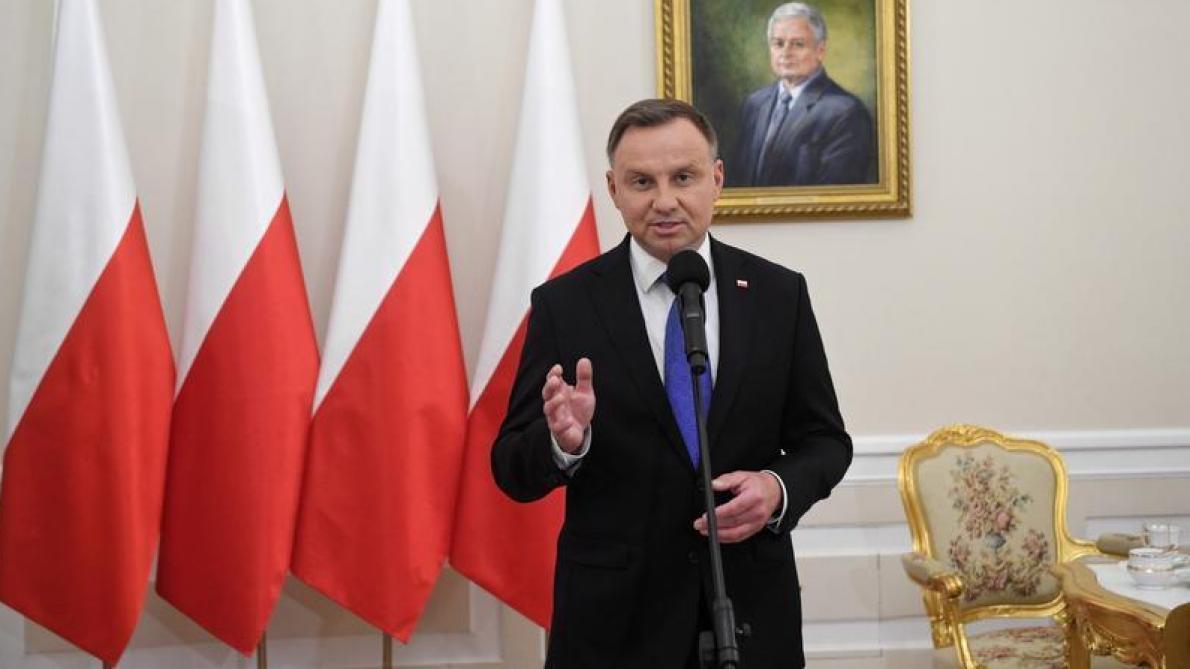 Présidentielle en Pologne: le conservateur Andrzej Duda en tête du second tour