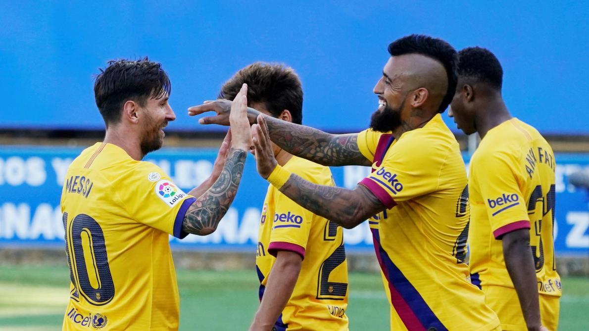 Barça : deux trophées, un record et un nouvel espoir pour Messi