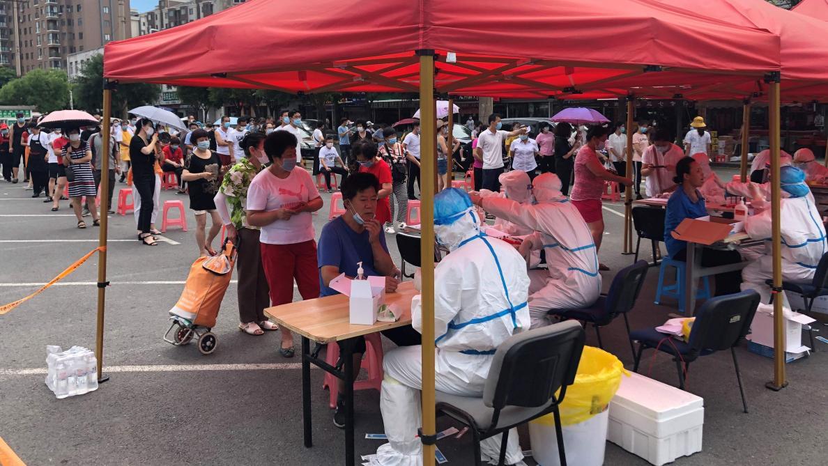 Les cas se multiplient dans plusieurs régions — Coronavirus en Chine