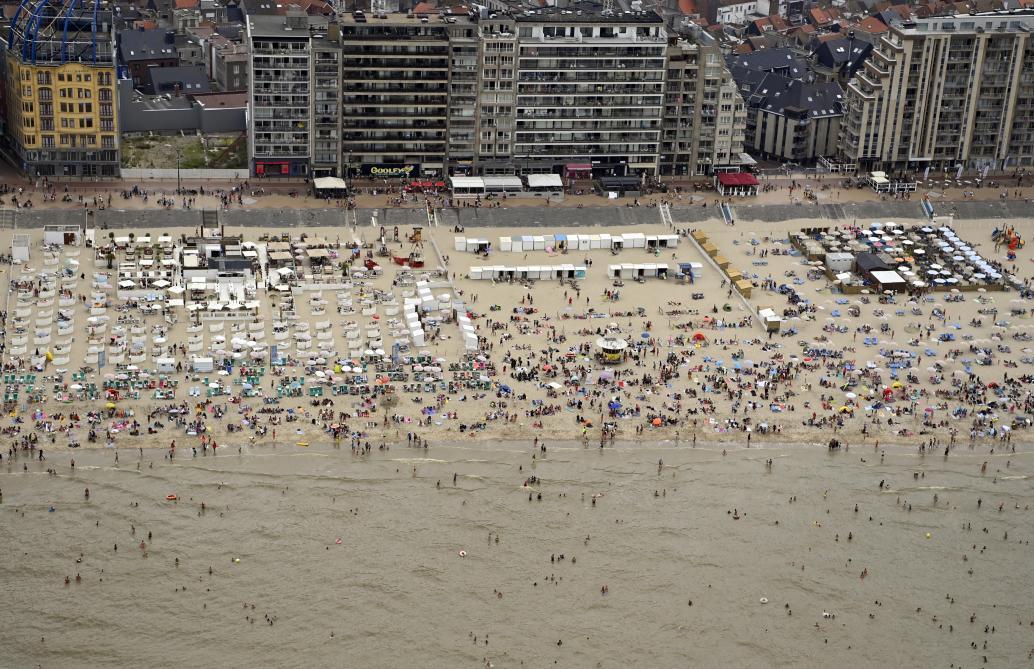 Bagarre générale sur la plage de Blankenberge (photos et vidéos)