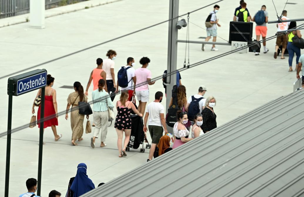 Affluence à la Côte: Ostende limite le nombre de touristes à 10.000, Knokke et Blankenberge ne les autorisent pas