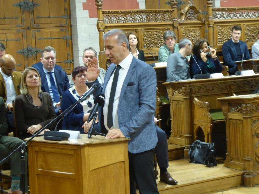 Enquête sur un trafic de visas humanitaires: Melikan Kucam (N-VA) renvoyé devant le tribunal correctionnel