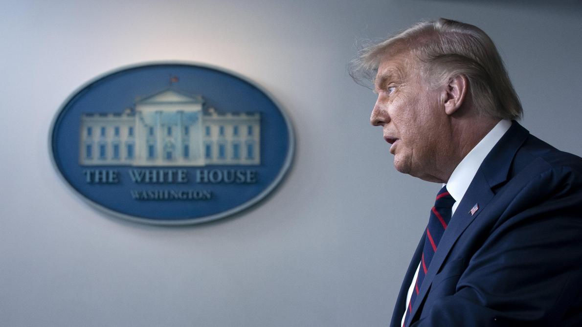 Donald Trump annonce l'élargissement de l'autorisation du traitement au plasma — Coronavirus