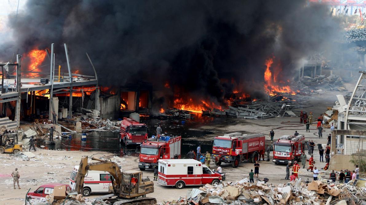 Un important incendie s'est à nouveau déclaré sur le port — Beyrouth