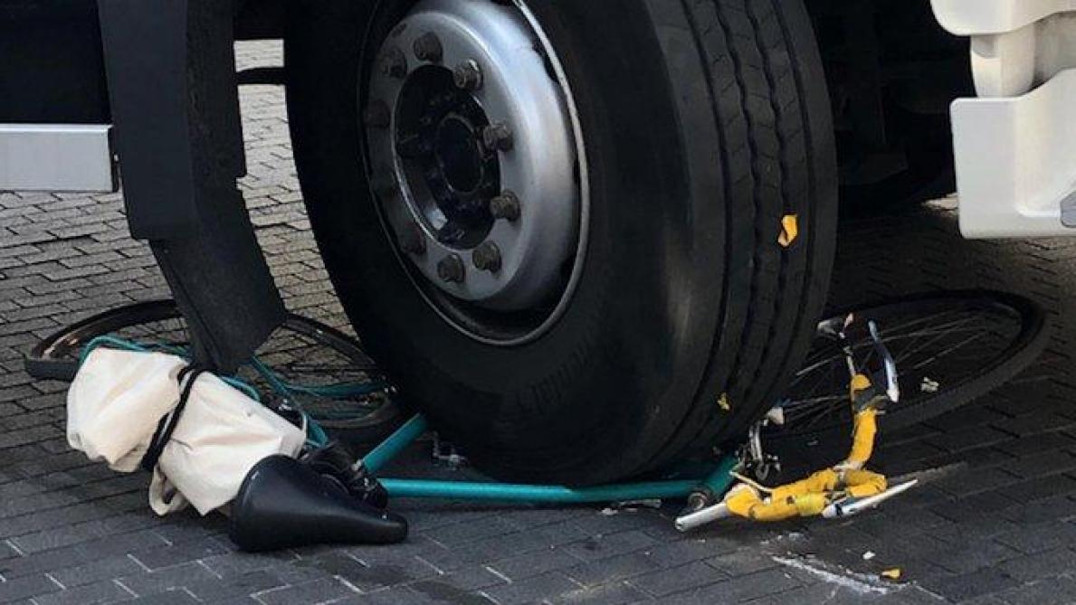 Bruxelles: une cycliste grièvement blessée par un camion dans le piétonnier du centre-ville