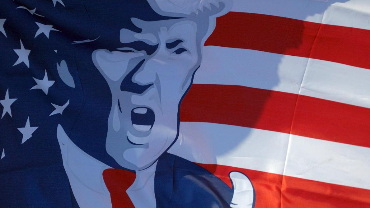 Trump tiendra son premier meeting depuis sa maladie en Floride lundi