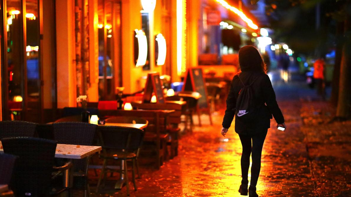 Coronavirus: le tribunal de Berlin annule les restrictions nocturnes visant bars et restaurants