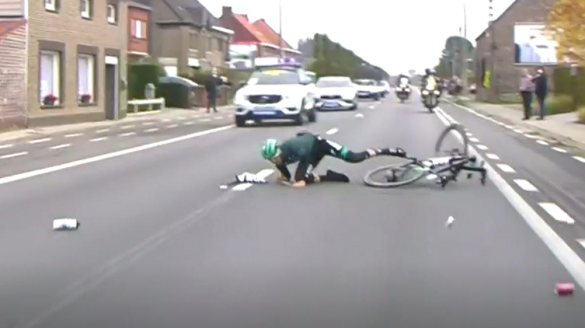 La chute gaguesque de Gregor Mühlberger — Tour des Flandres