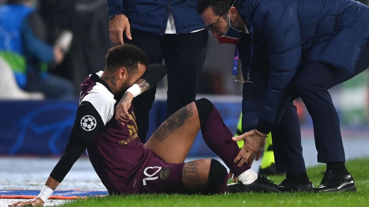 Ligue des champions Neymar sort sur blessure face à Basaksehir