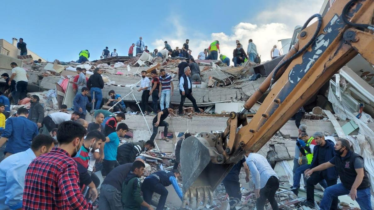 Séisme en Turquie : au moins 4 morts et 120 blessés