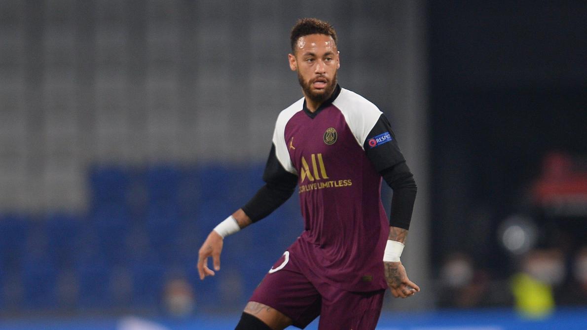 Pas de retour de Neymar avec le PSG avant le 20 novembre, selon son entraîneur