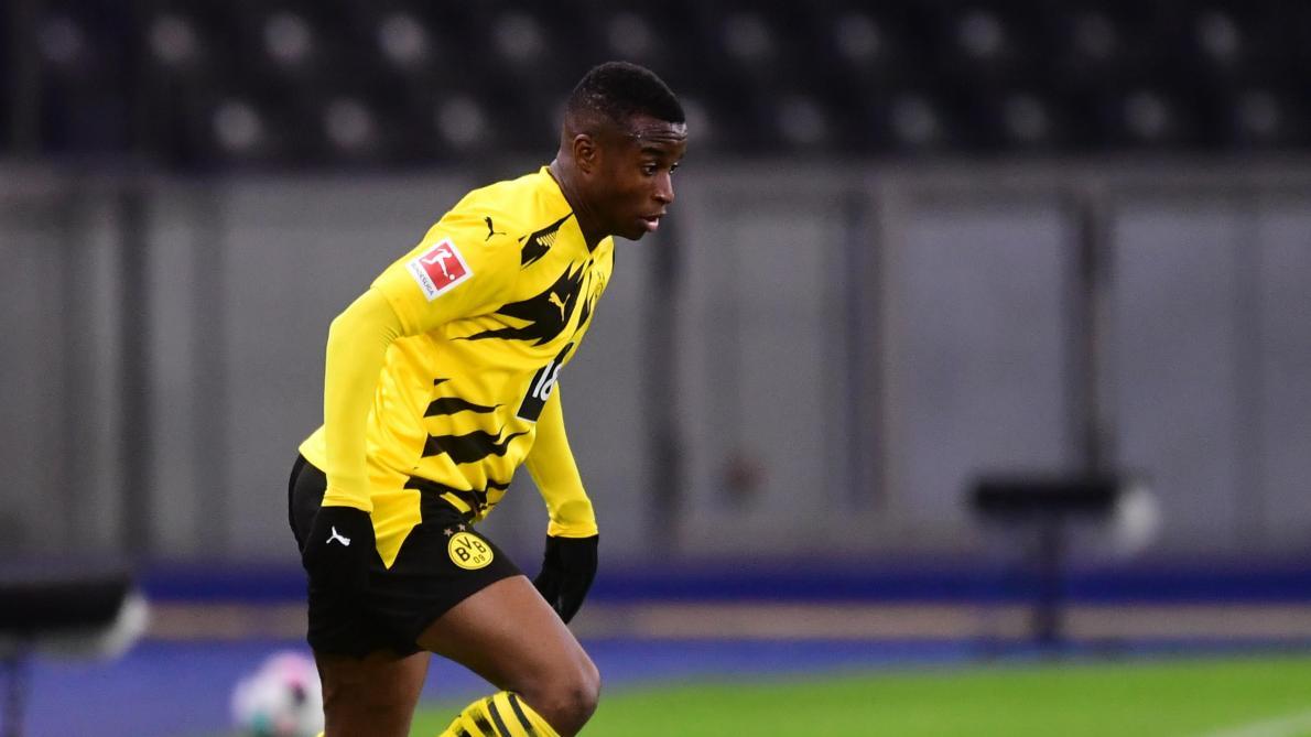 Moukoko entre dans l'histoire de la Bundesliga — Dortmund