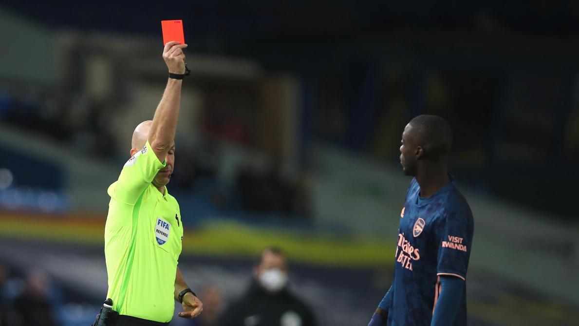 Mikel Arteta tacle Nicolas Pepe