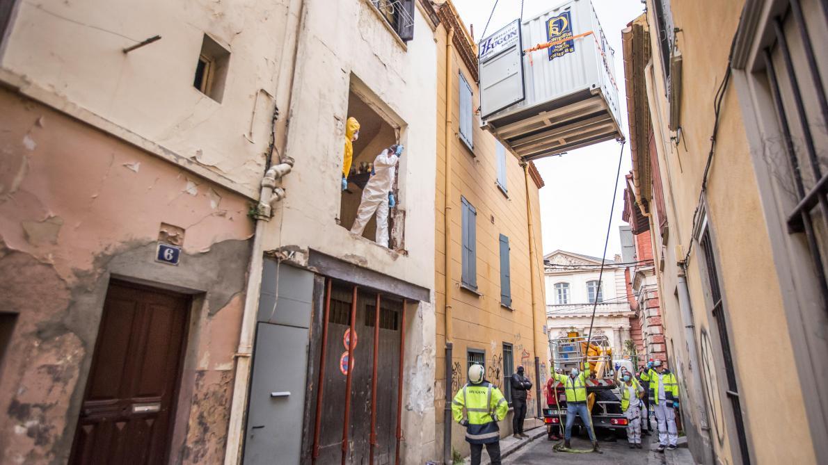 France: évacuation «réussie» d'un homme de 300 kg coincé chez lui (photos et vidéo)