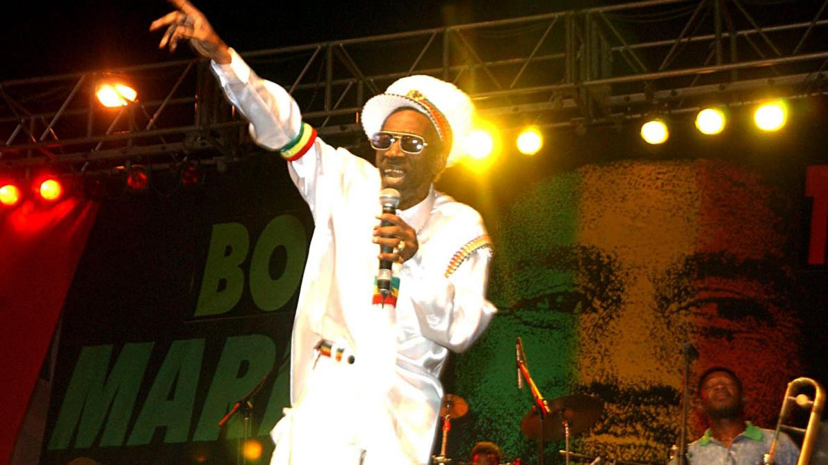 Décès de la star jamaïcaine du reggae Bunny Wailer (vidéo) - Le Soir