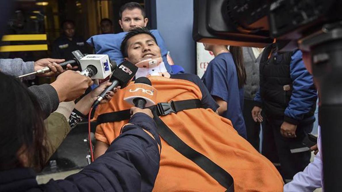 Un rescapé du crash d'avion de l'équipe Chapecoense survit à la chute d'un autocar