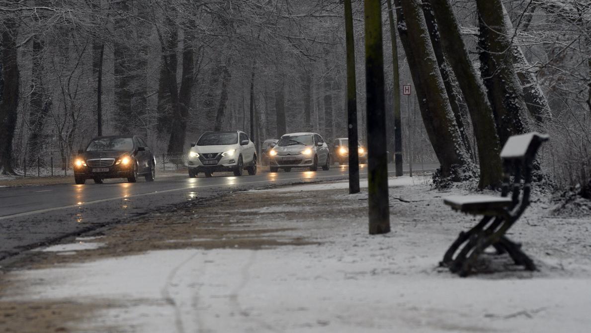 Alerte aux conditions glissantes dans plusieurs provinces wallonnes dimanche soir — Météo