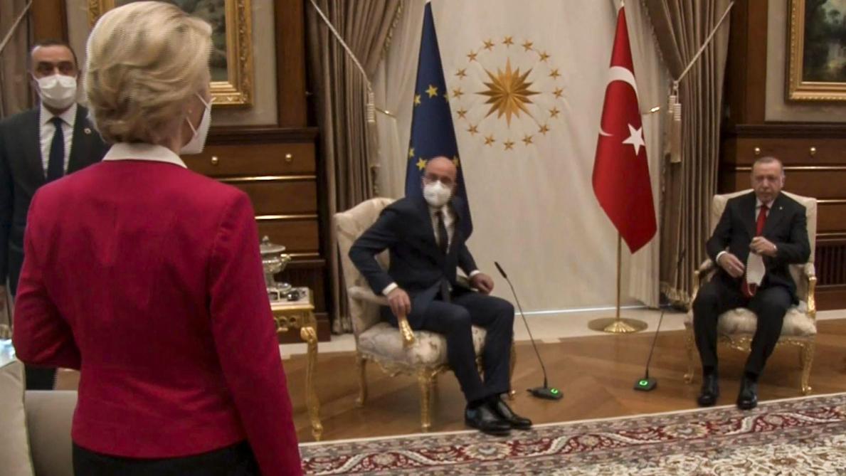Les hommes savent pourquoi»: les politiques belges réagissent à la  polémique entre von der Leyen, Charles Michel et Erdogan - Le Soir