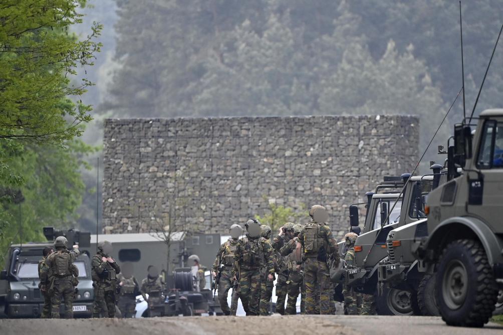 Un militaire d'extrême droite jugé très dangereux en fuite — Belgique