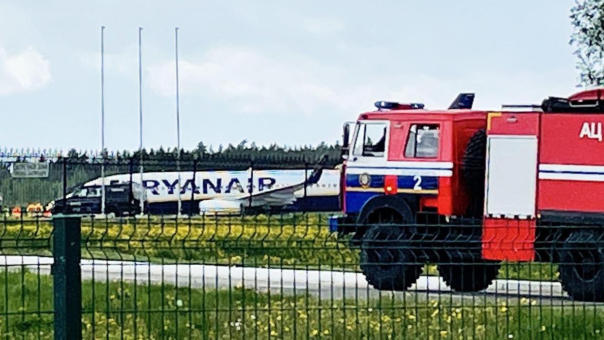 Des passagers de l'avion détourné racontent l'arrestation de l'opposant Roman Protassevitch — Bélarus