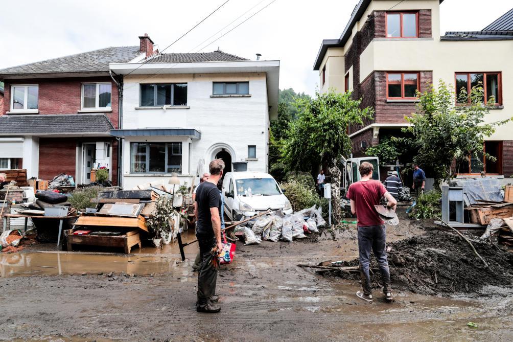 Le bilan officiel des inondations passe à 37 morts et six disparus