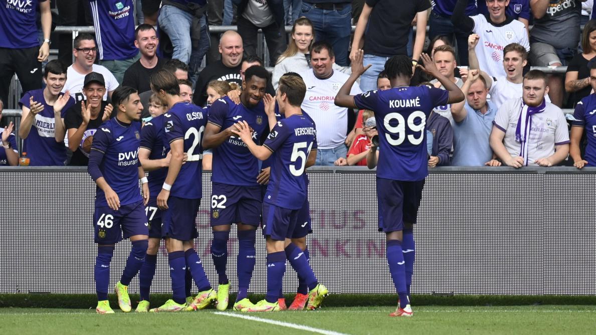 Anderlecht en démonstration face à son public: les Mauves passent 7 buts contre Malines