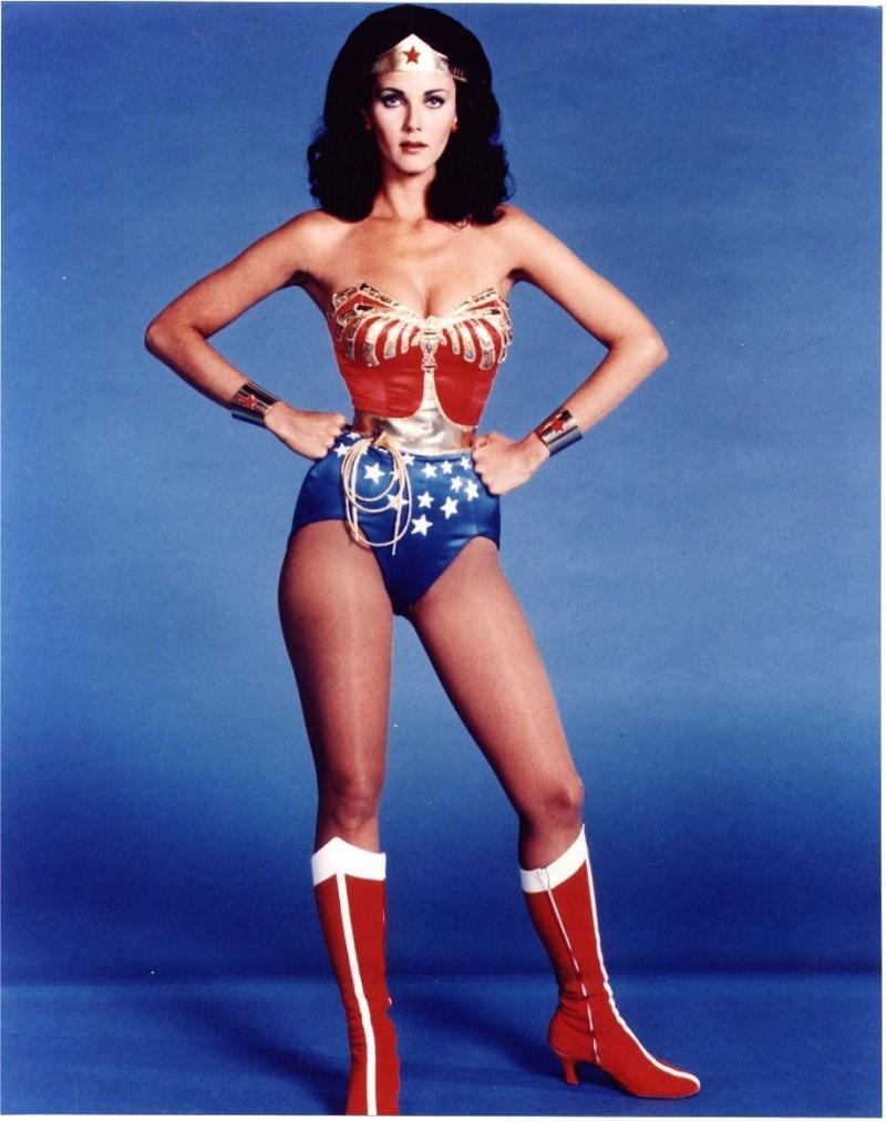 L\u0027actrice de Phoenix, ex,Miss USA (parmi les 15 finalistes à Miss Monde  1972), a incarné Wonder Woman à la télévision dans la série de CBS pendant  60